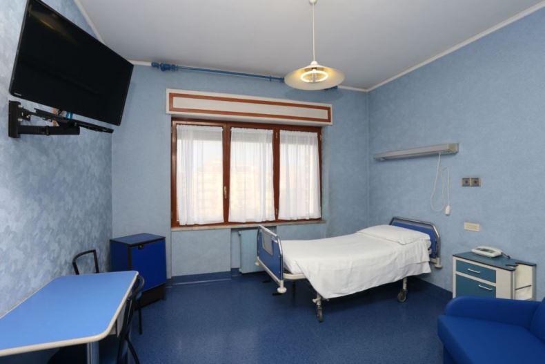 Foto di una camera del centro Castellammare di Stabia (Napoli) – Villa Stabia