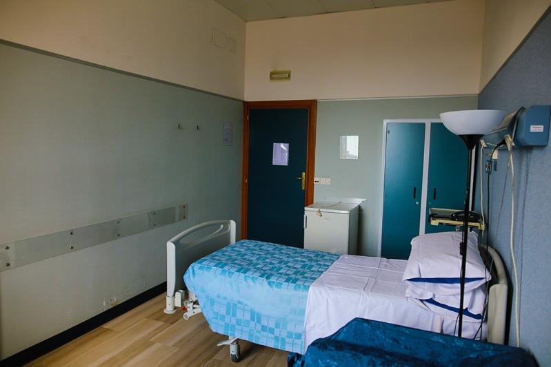 Foto delle camere del centro Napoli Arenella