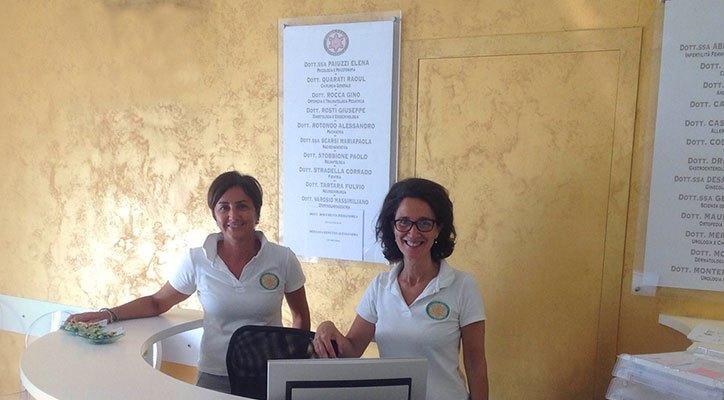 Foto del personale della reception del centro Alessandria Borgo Cittadella