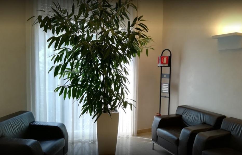 Foto di una sala d'attesa del centro Milano Columbus