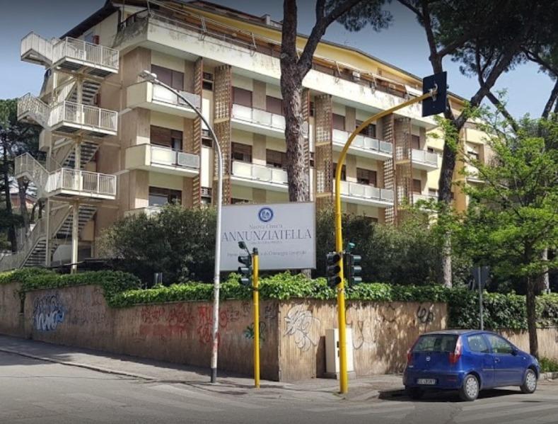 Foto dell'esterno del centro Roma Annunziatella