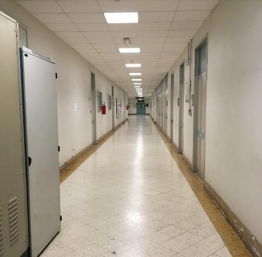 Foto dei corridoi del centro Torino Nizza Millefonti