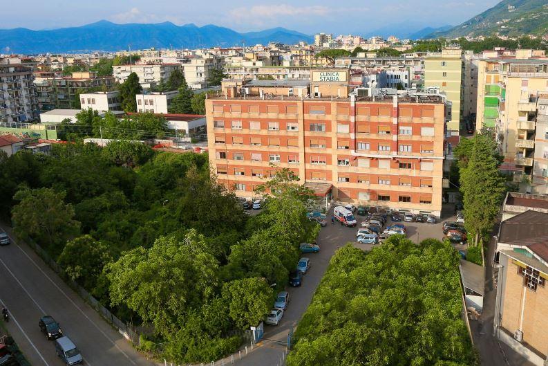 Foto dell'esterno del centro Castellammare di Stabia (Napoli) – Villa Stabia