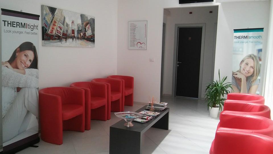 Foto della sala d'attesa del centro Calderara di Reno (Bologna) – San Vitale
