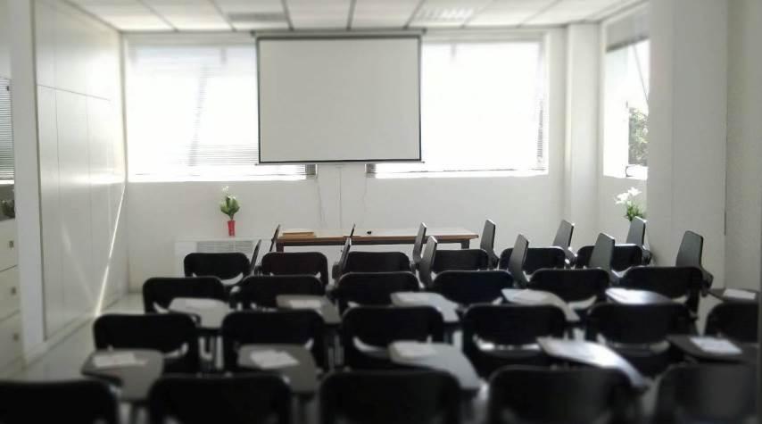Foto della sala congressi del centro Calderara di Reno (Bologna) – San Vitale